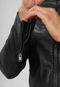 Selected Homme - CLASSIC JACKET - Leather jacket - black - 6