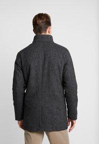 Selected Homme - SLHHANNOVER COAT - Kort kappa / rock - black - 2