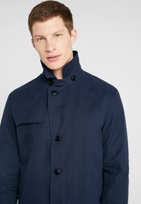 Selected Homme - SLHTIMES COAT  - Trench - dark sapphire - 4
