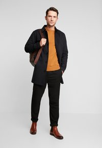 Selected Homme - SLHTIMES COAT  - Trenchcoat - black - 1