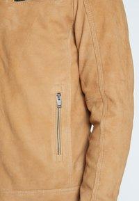 Selected Homme - CLASSIC JACKET  - Veste en cuir - dijon - 4