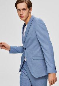 Selected Homme - Blazer - light blue - 3