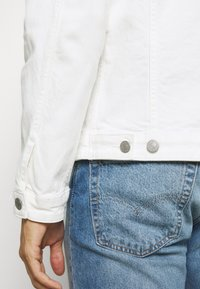 Selected Homme - SLHJEPPE - Denim jacket - white denim - 4