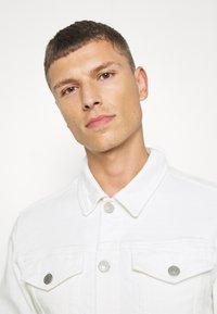 Selected Homme - SLHJEPPE - Denim jacket - white denim - 3