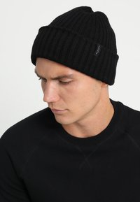 Selected Homme - SLHMERINO BEANIE - Lue - black - 2