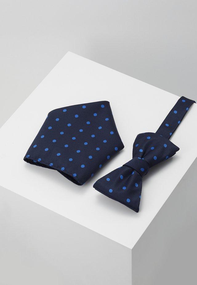 SLHMILAS BOWTIE BOX SET - Kapesník do obleku - dark sapphire