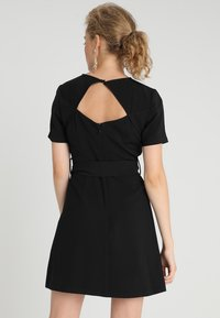 Second Script Petite - SLOANE DRESS - Sukienka letnia - black - 2