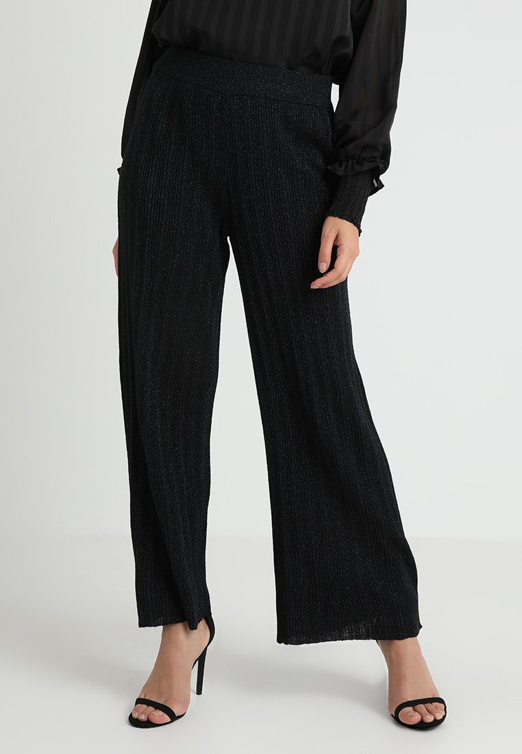 Selected Femme Petite - SLFSAM WIDE PANT - Stoffhose - black/blue