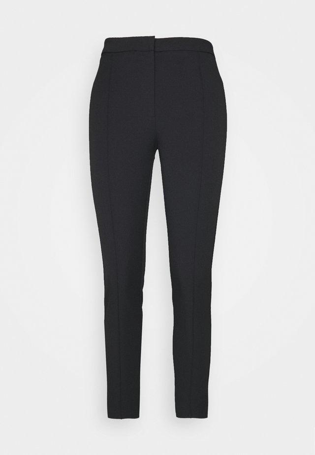 SLFILUE PINTUCK PANT - Trousers - black