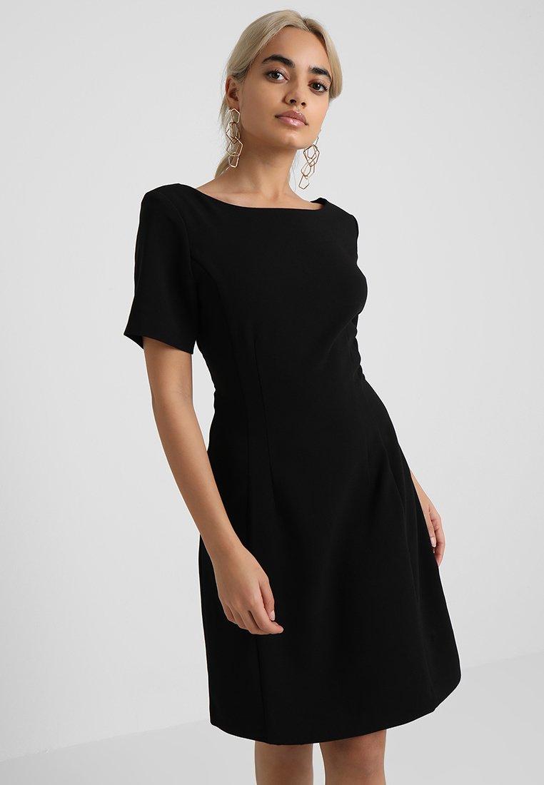 Selected Femme Petite - SLFVIVIAN SHORT DRESS  - Jersey dress - black