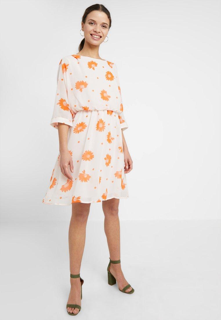 Selected Femme Petite - SLFORIANA DRESS - Freizeitkleid - heavenly pink