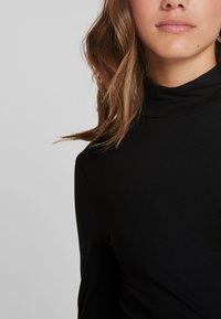 Selected Femme Petite - SFMIO HIGHNECK - Topper langermet - black - 5