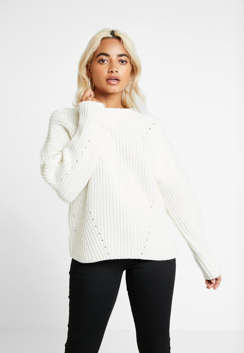 Selected Femme Petite - SLFMIRA O NECK - Strickpullover - snow white
