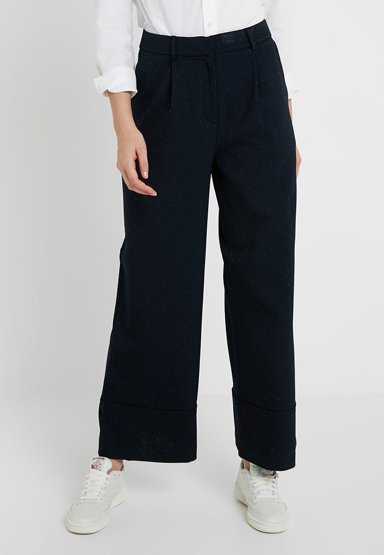 Selected Femme Tall - SLFGABBY CROPPED WIDE PANT - Stoffhose - dark sapphire