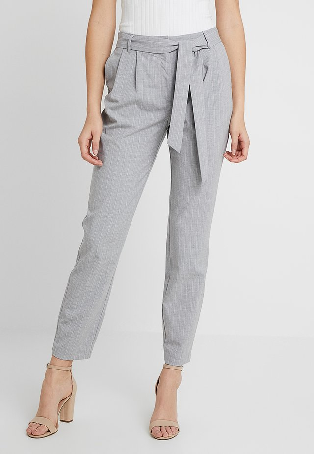SLFBIO BIGA CROPPED PANT - Broek - light grey