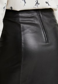 Selected Femme Tall - SLFARDEE SKIRT - Jupe trapèze - black - 5