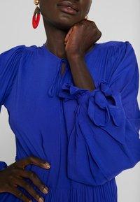 Selected Femme Tall - WILLOW DRESS - Długa sukienka - clematis blue - 6