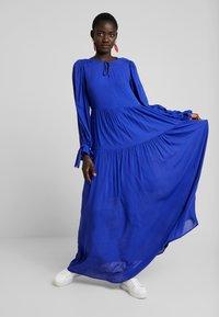 Selected Femme Tall - WILLOW DRESS - Długa sukienka - clematis blue - 2