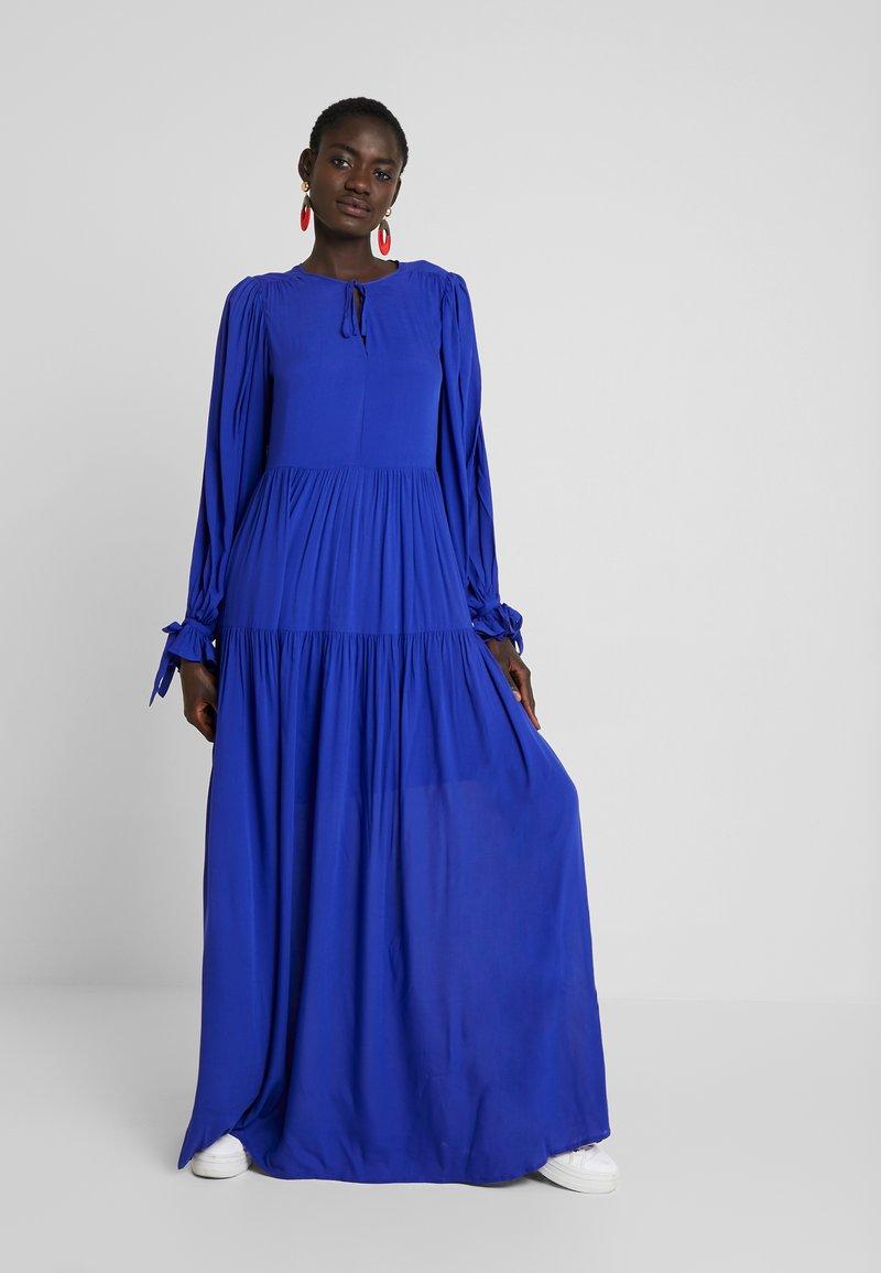 Selected Femme Tall - WILLOW DRESS - Maxi dress - clematis blue