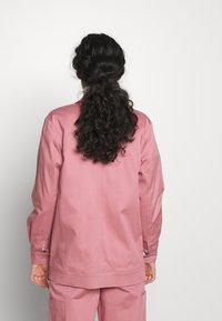Selected Femme Tall - SLFLARA SHACKET TALL - Korte frakker - heather rose - 2
