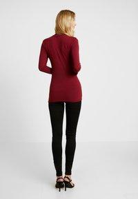 Selected Femme Tall - HIGHNECK TALL - Topper langermet - cabernet - 2
