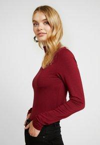 Selected Femme Tall - HIGHNECK TALL - Topper langermet - cabernet - 3