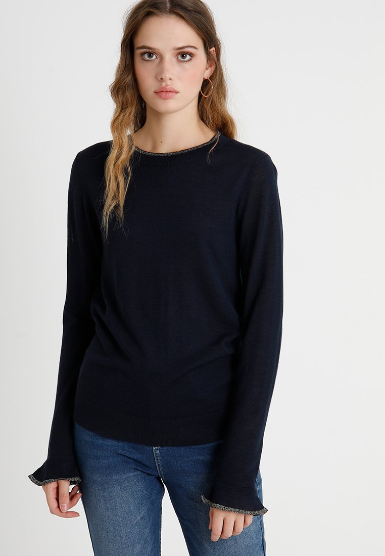 Selected Femme Tall - SLFCOSTA PEBLUM O NECK - Strickpullover - dark sapphire