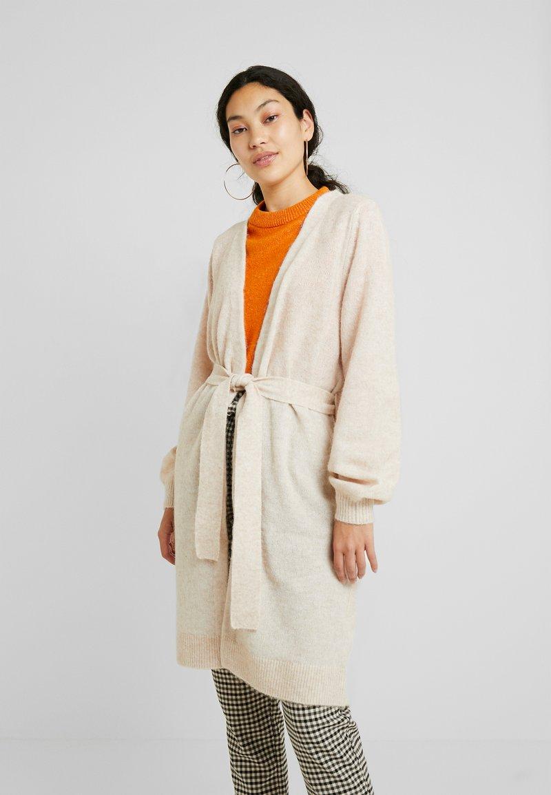 Selected Femme Tall - SLFANNA CARDIGAN - Vest - sandshell