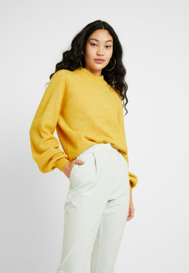 SLFANNA O NECK TALL - Strickpullover - lemon curry