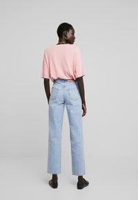 Selected Femme Tall - SLFKATE - Jean droit - medium blue denim