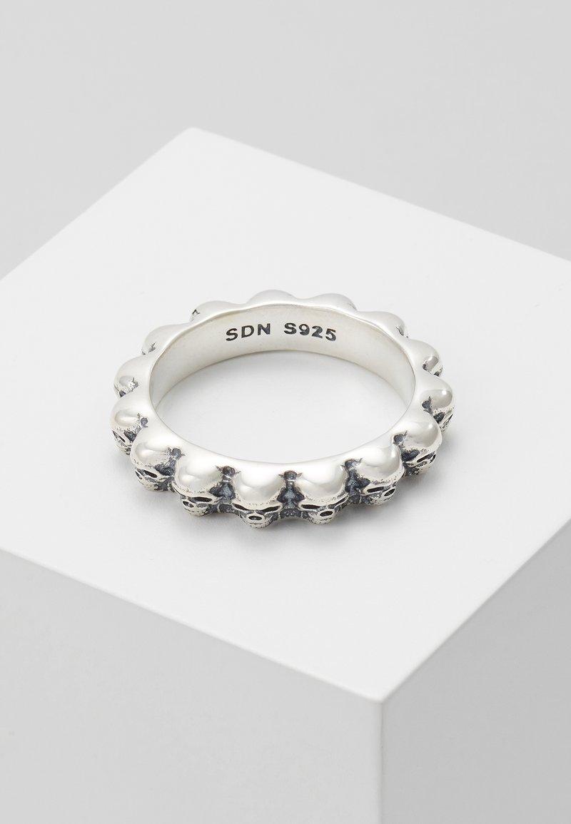 Serge DeNimes - SKULL  - Ring - silver