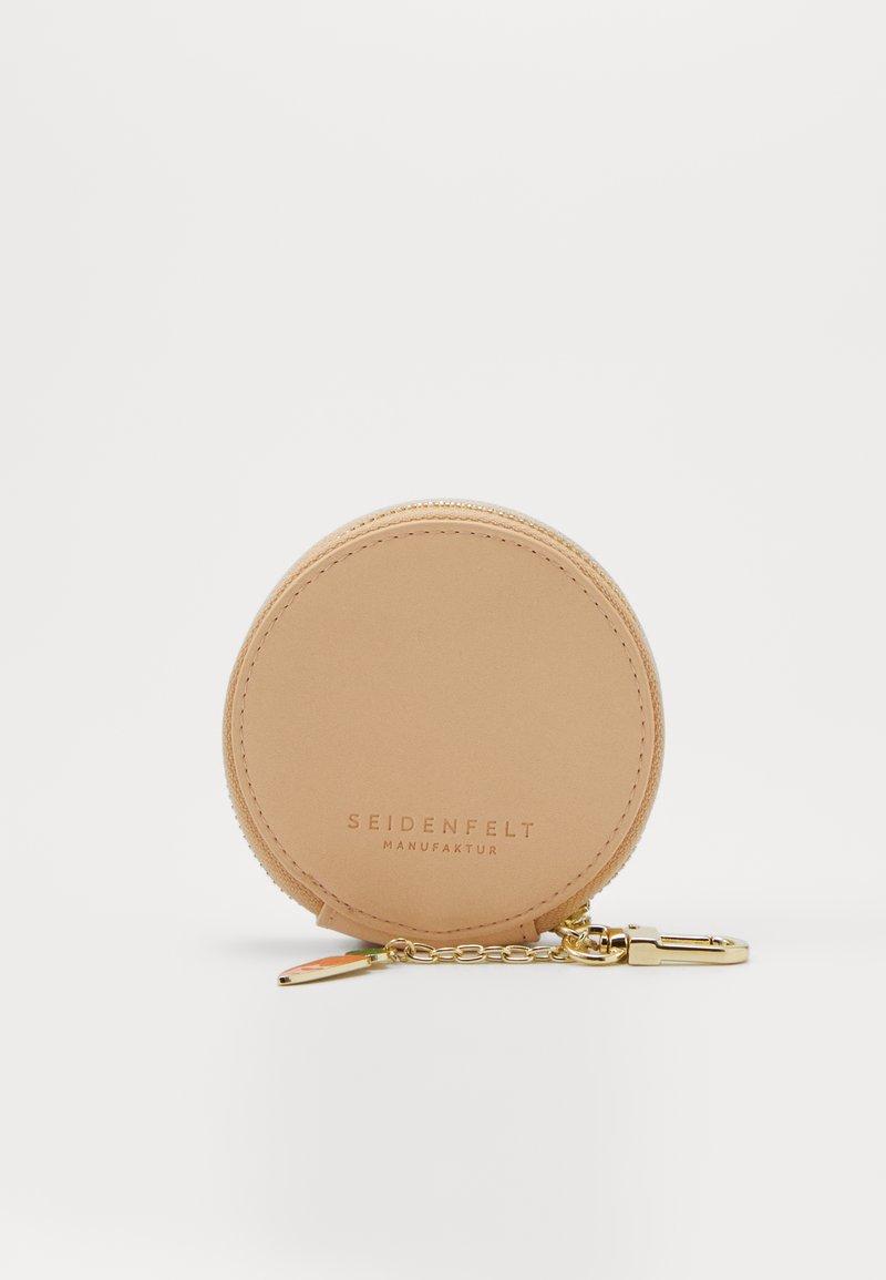 Seidenfelt - LIA - Wallet - orange