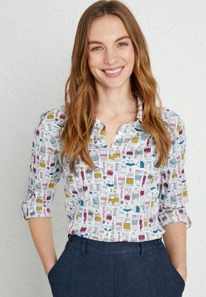 LARISSA - Button-down blouse - white