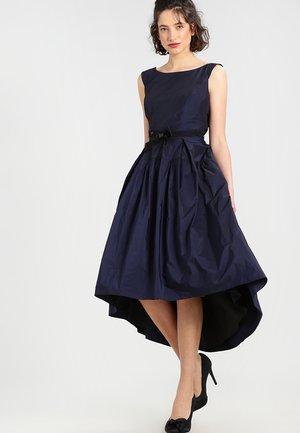 Společenské šaty - ink