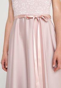 Swing - Společenské šaty - peach - 3