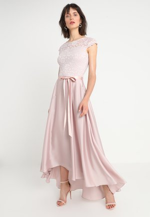 Robe de cocktail - peach