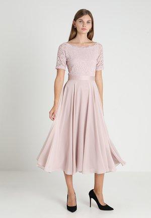 Společenské šaty - hellrosa