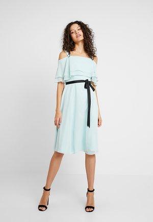 Koktejlové šaty/ šaty na párty - mint