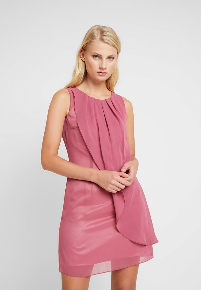 Cocktail dress / Party dress - cassis
