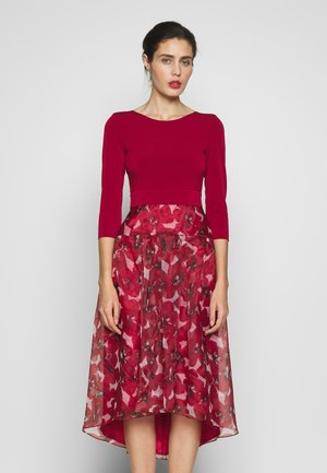 Cocktail dress / Party dress - weinrot