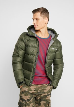 GRAVITY JACKET - Dunjakke - forest green