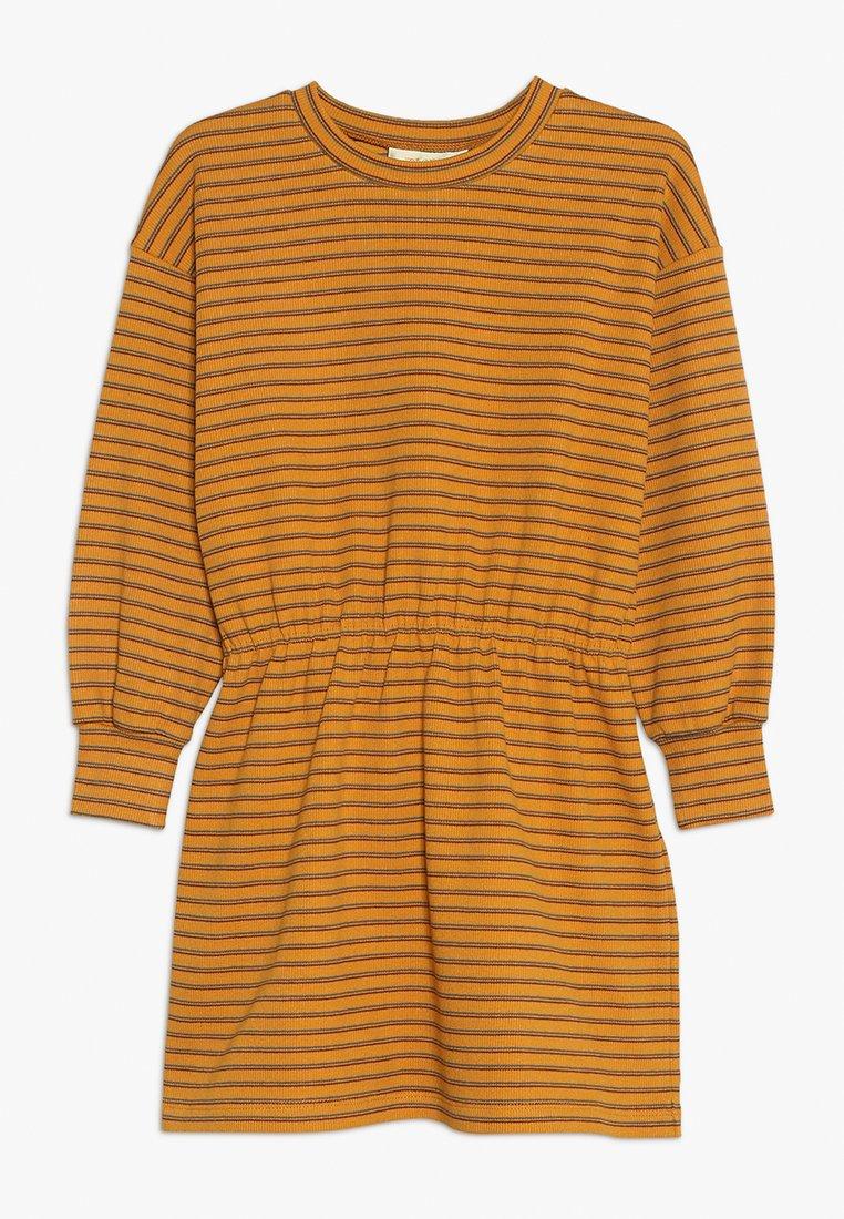 Soft Gallery - EMILIA DRESS - Robe en jersey - mustard yellow