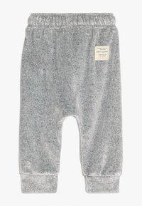 Soft Gallery - MEO PANTS - Pantalon classique - grey grit melange - 1