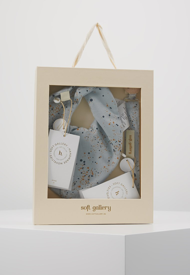 Soft Gallery - PACIFIER STRING BIBI SET - Regalos para bebés - ocean grey