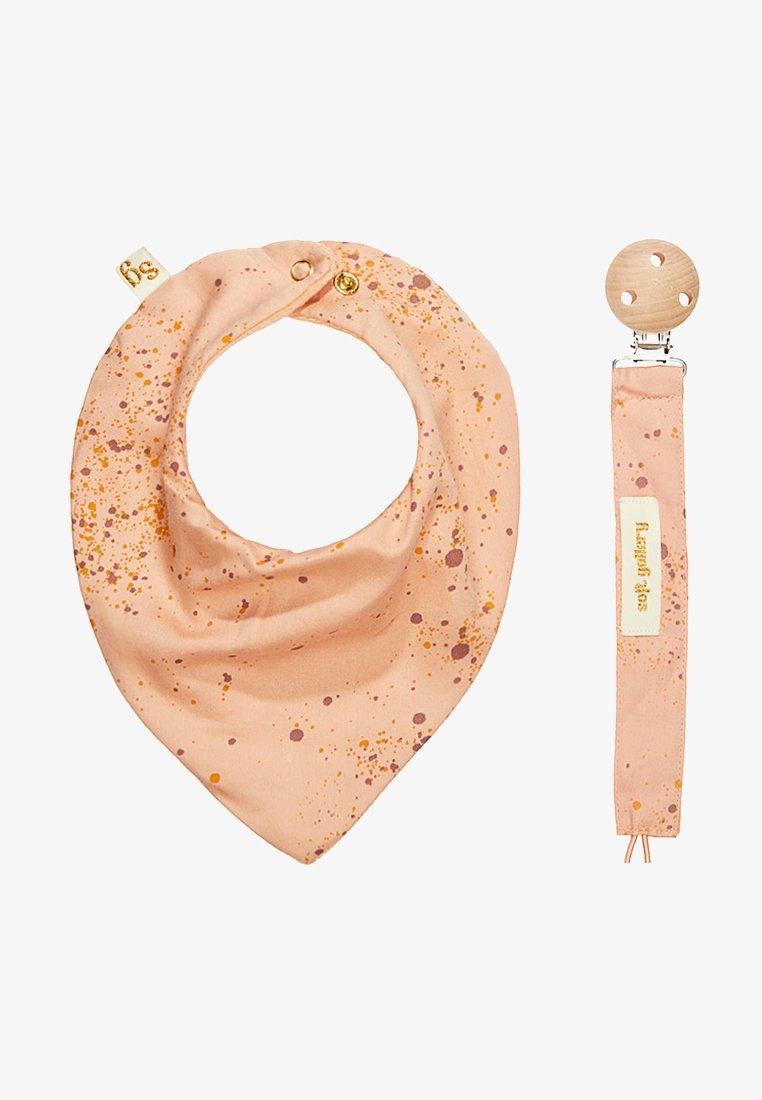 Soft Gallery - PACIFIER STRING BIBI SET - Geboortegeschenk - peach perfect