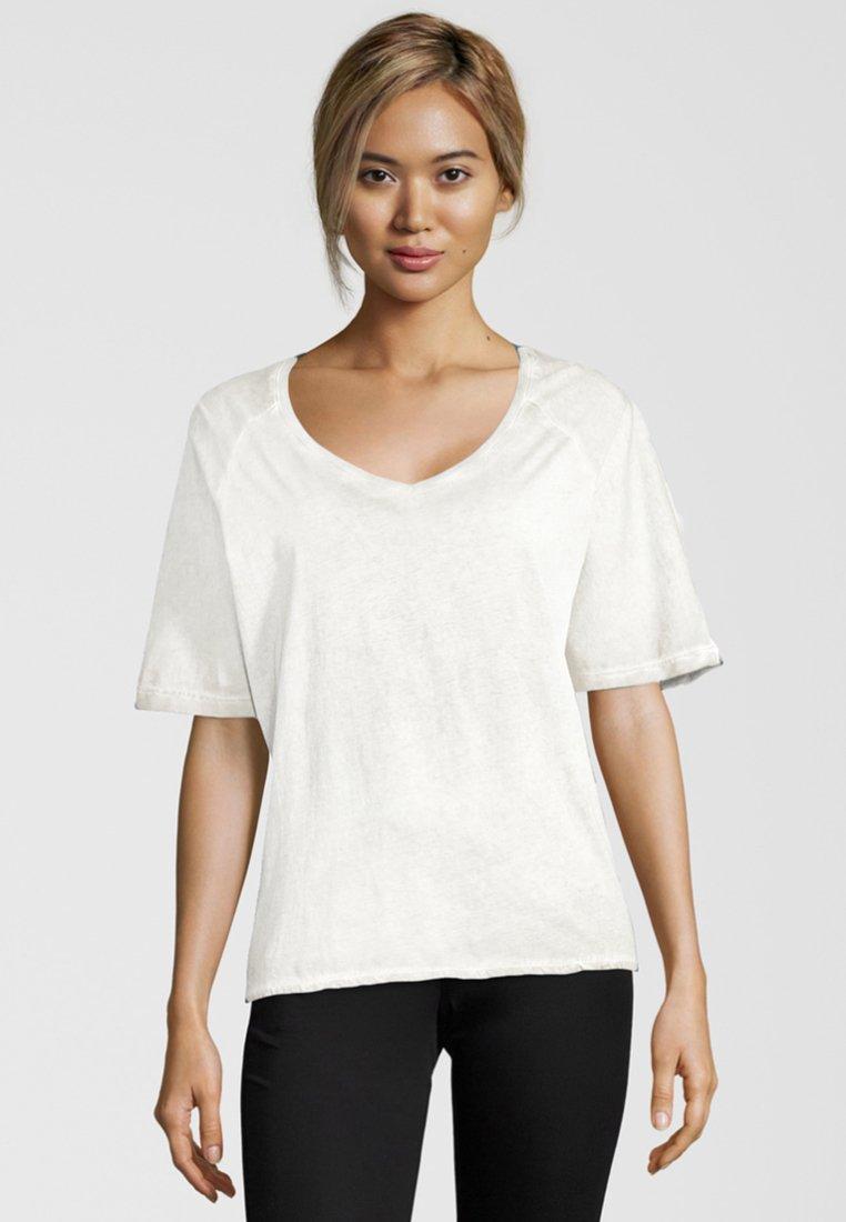 Shirts for Life - LARISSA - Print T-shirt - off-white