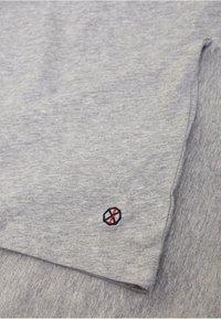 Shirts for Life - LONGSLEEVE ANTON  - Long sleeved top - grey melange - 3