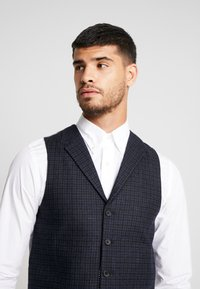 Shelby & Sons - BARTLEY WAISTCOAT - Smanicato - charcoal - 3