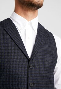 Shelby & Sons - BARTLEY WAISTCOAT - Smanicato - charcoal - 5