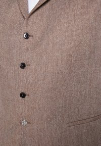 Shelby & Sons - CRANBROOK WAISTCOAT  - Vesta - light brown - 4